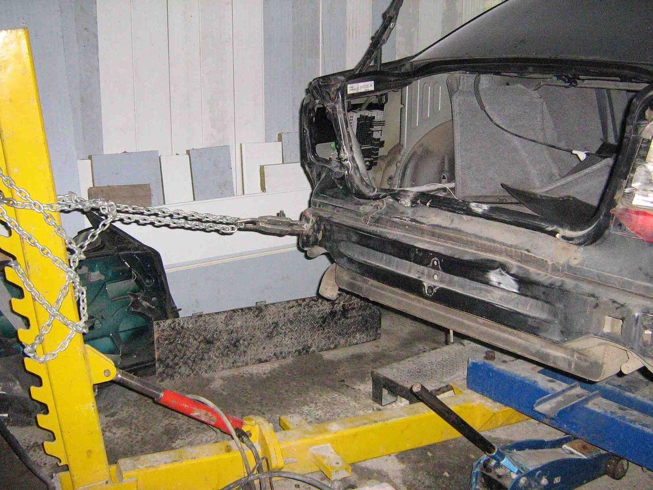 ремонт кузова с домкратом фото называется оно красным