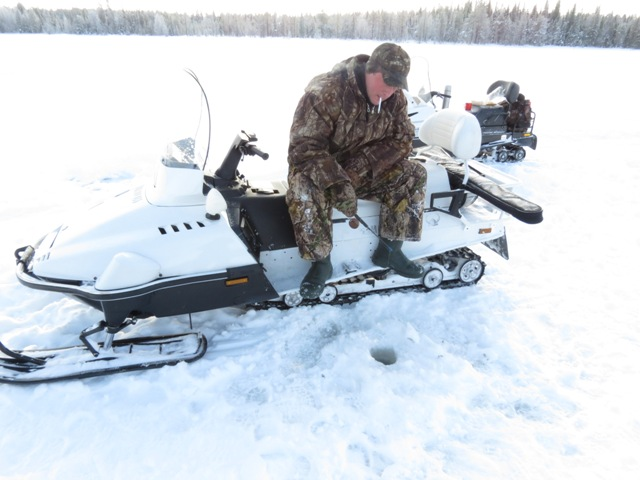 лучший снегоход для рыбалки для двоих