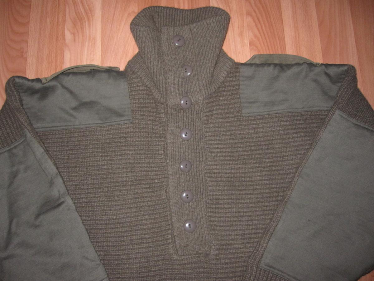 Продам Австрийский свитер. . Материал верблюжья шерсть.Свитер б/у хорошего