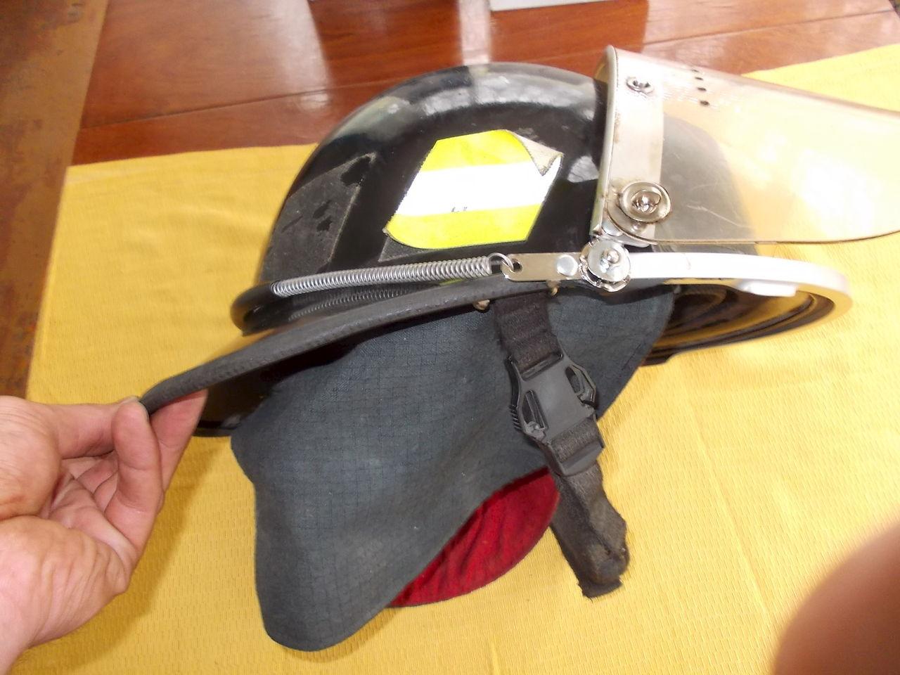 Как сделать каску пожарных 497