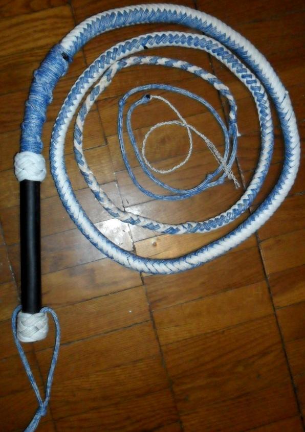 Как сделать кнут из веревки