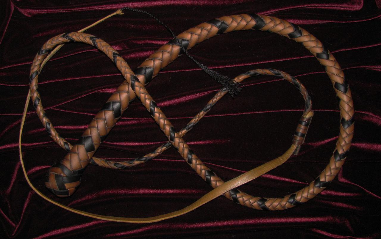 Плетение с четырёх полос