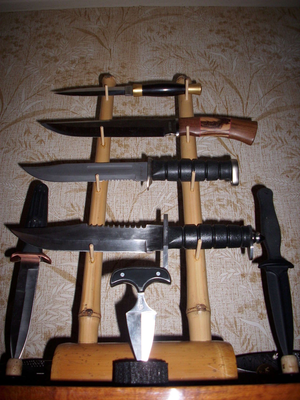 Ножи на подставках своими руками
