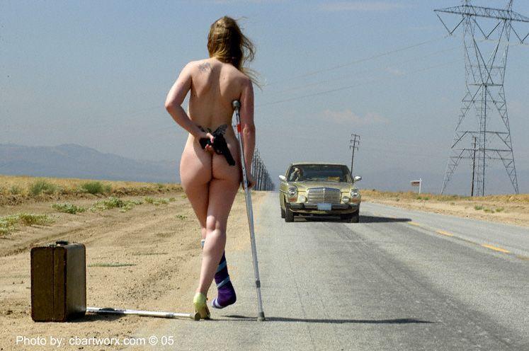 голая девушка у дороги видеоролик-чь3
