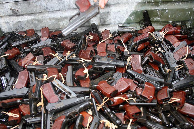 Порох, прощай. Как украинская армия осталась без боеприпасов