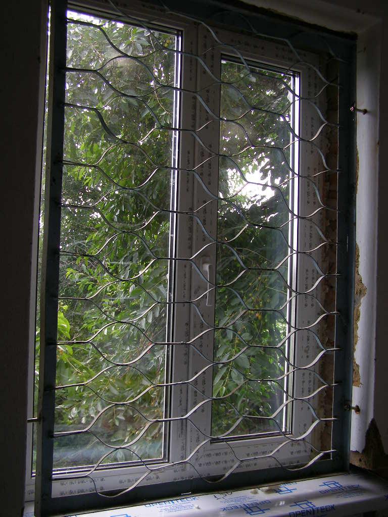 внутренние железные решетки на окна