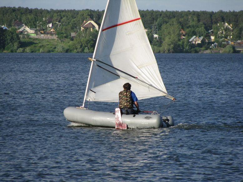 Лодку с парусом своими руками фото