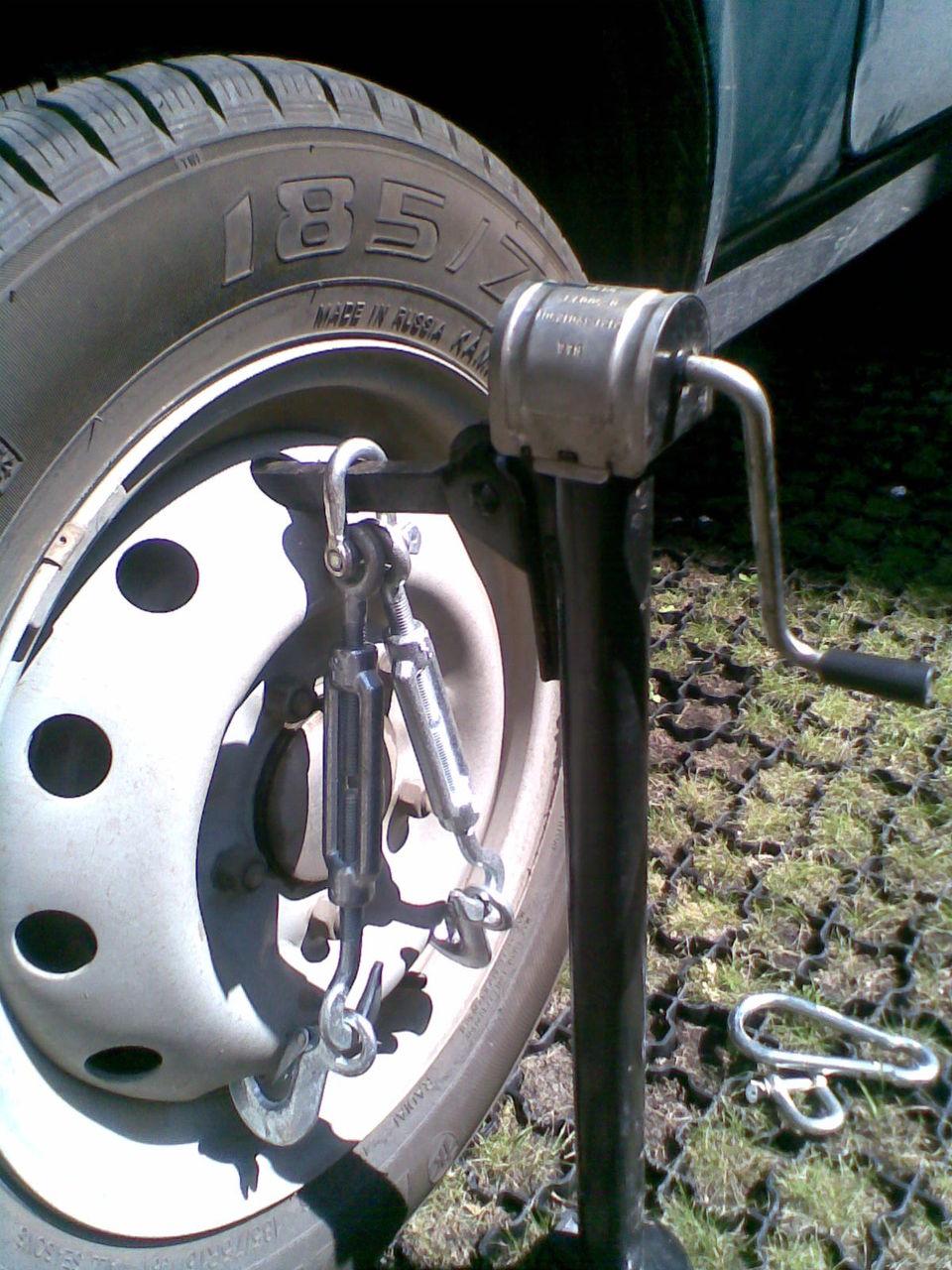 Устройство для подъема за колесо своими руками