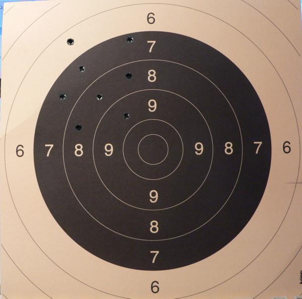 Поскольку карабин не пристрелян и куда будет он стрелять неизвестно (трос отстрелить стоит 300-400 евро...