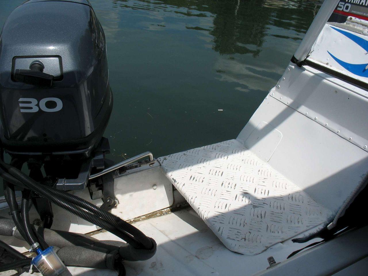 рецесс в моторной лодке это