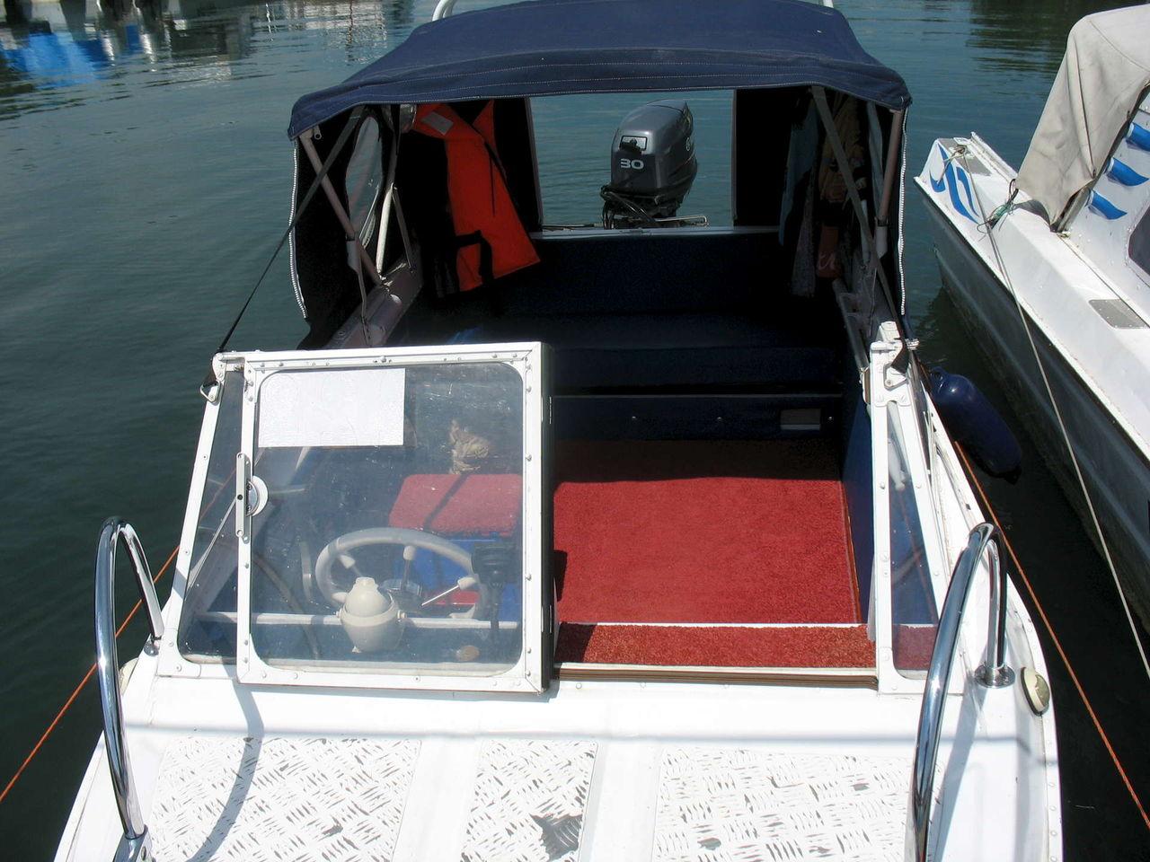 кринолины на лодке фото