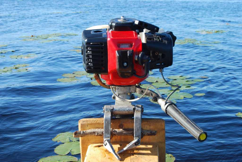 самый быстрый лодочный мотор видео