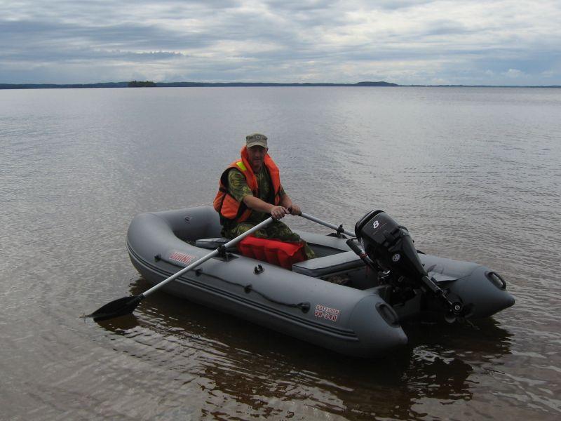 лодка пвх для двоих рыбаков