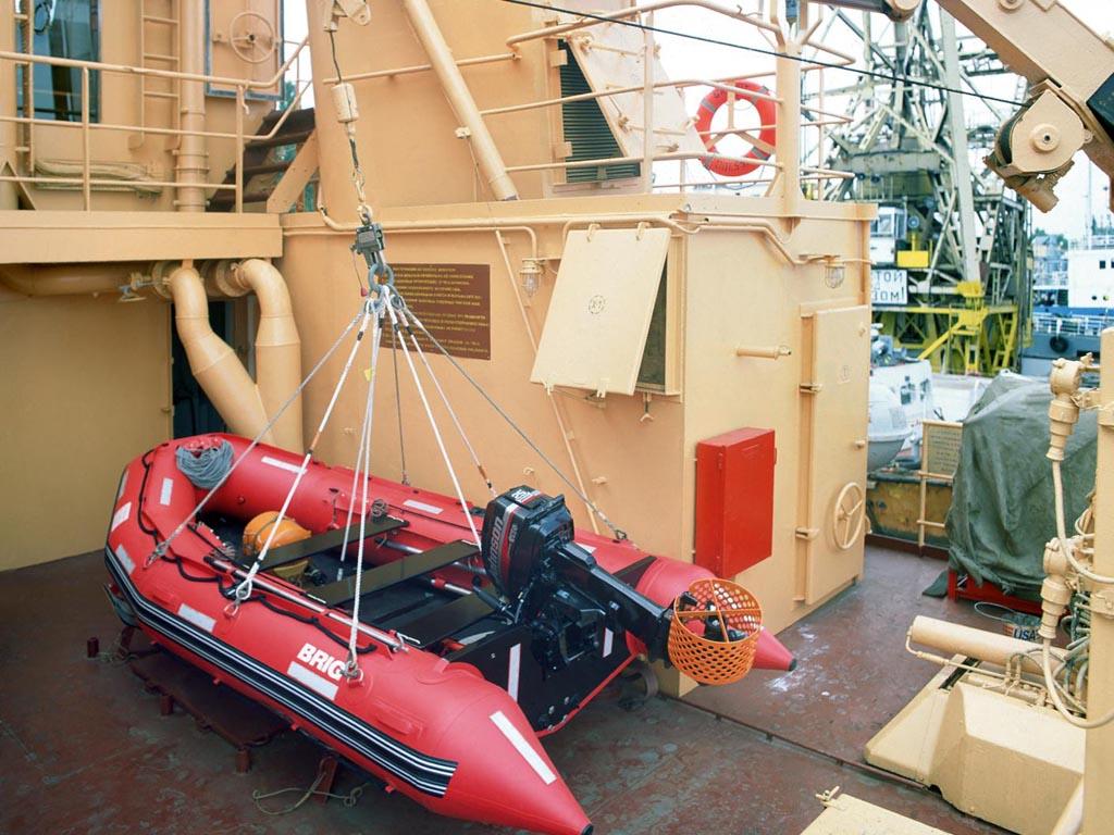 лодка надувная моторная фаворит