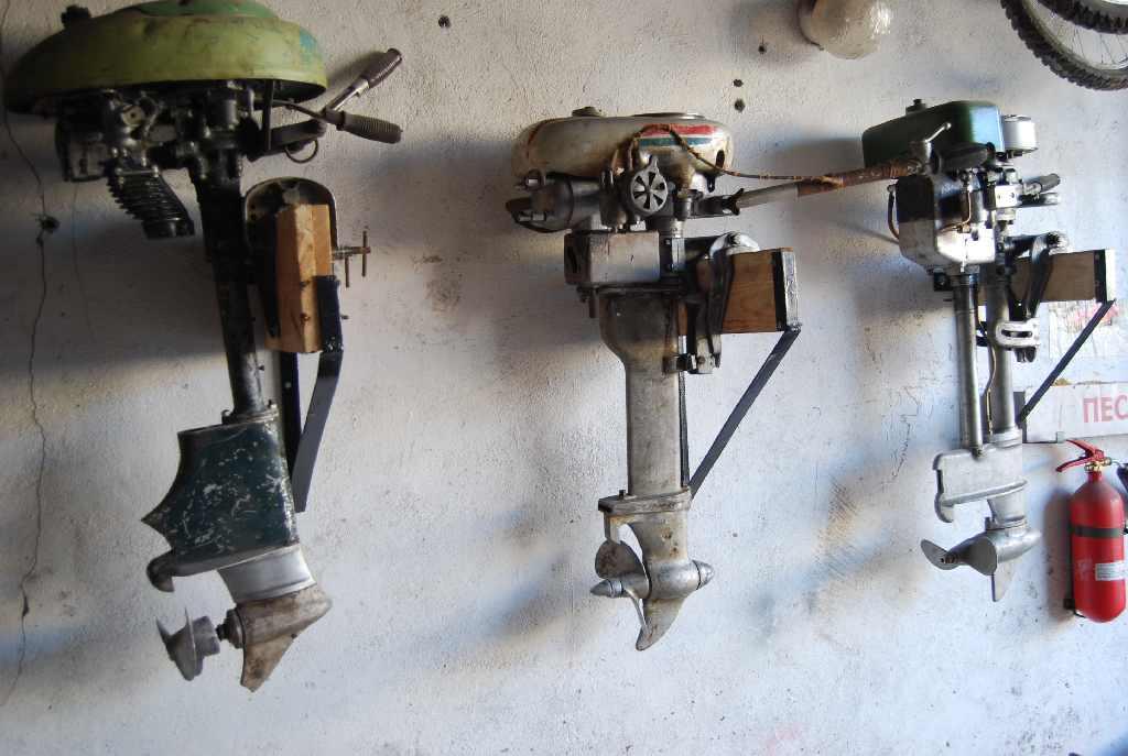 фото старые лодочные моторы