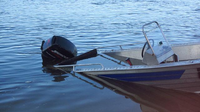 стоянка лодок пвх