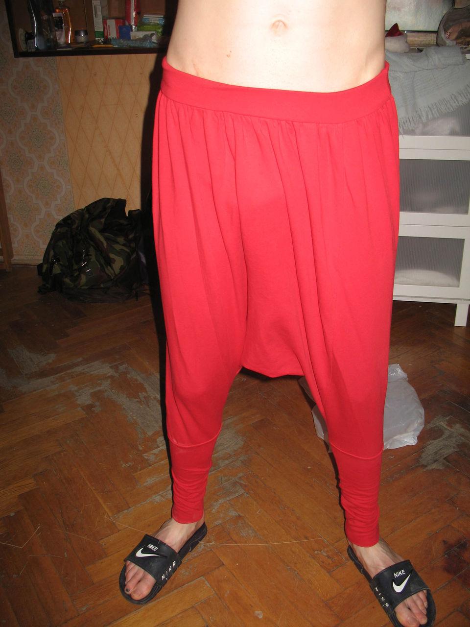 растянутые штаны прикол фото неделю