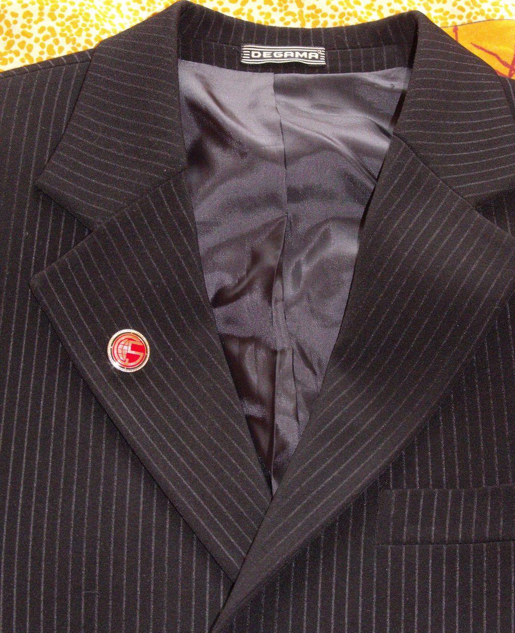Что носить в петлице пиджака