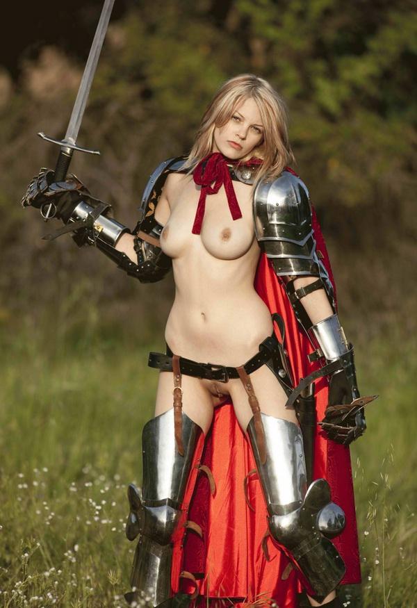 голые девушки средневековья