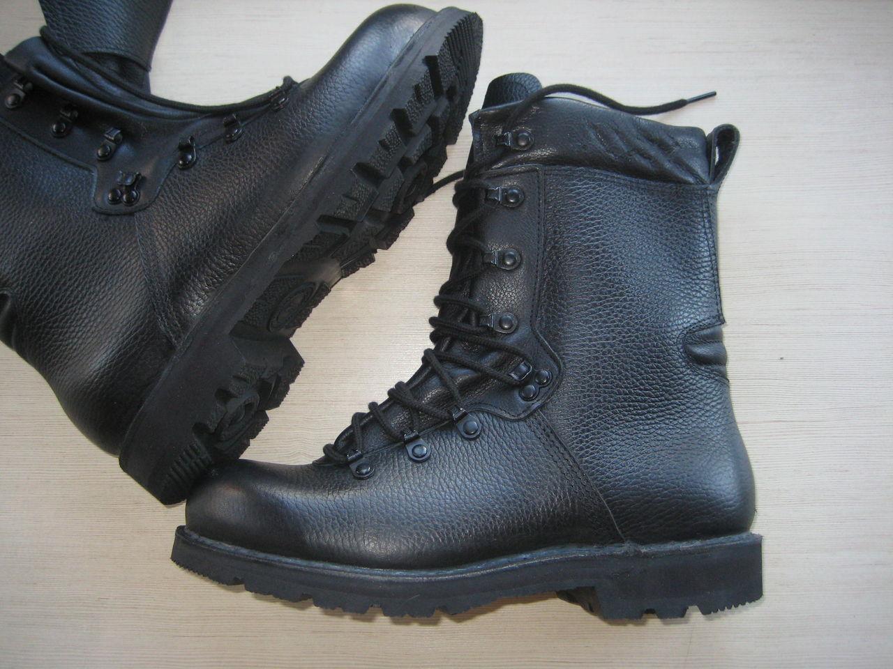 На каблуках кроссовки купить ботинки