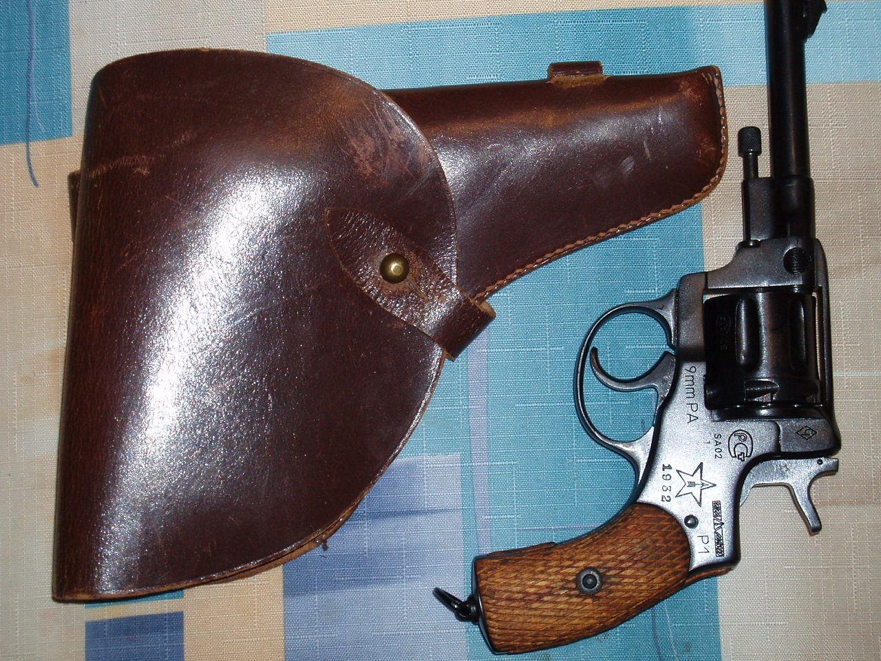Кобура для револьвера своими руками фото