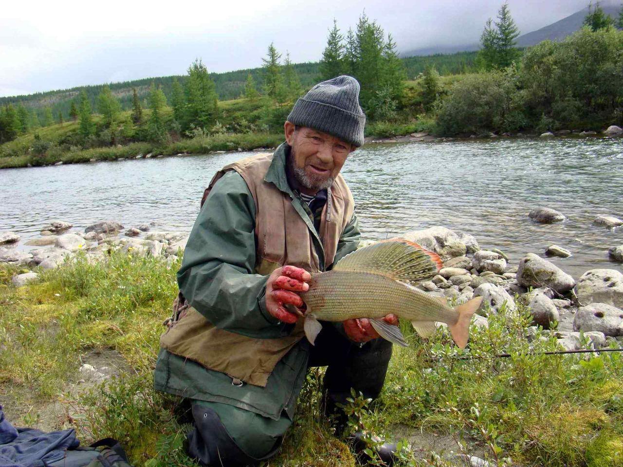 дикая рыбалка в сибири видео