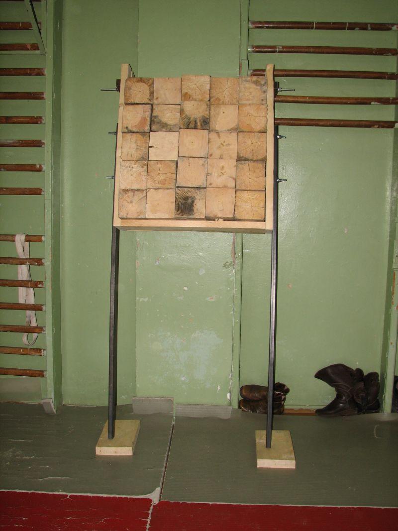 Как сделать деревянный щит для метания ножей