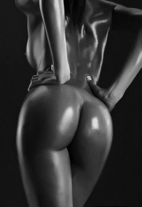 фото упругих голых задниц афроамериканок