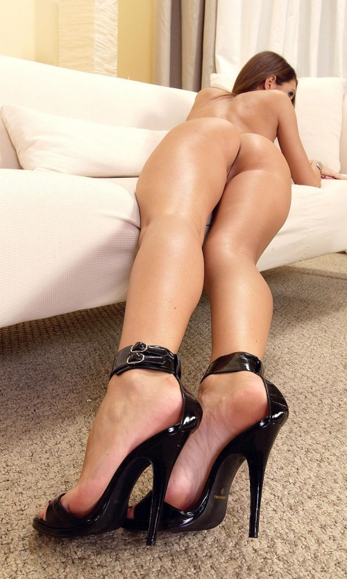 Sexxy pics of legs on kik having