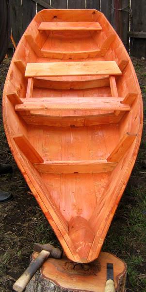 сборка лодки изо  досок