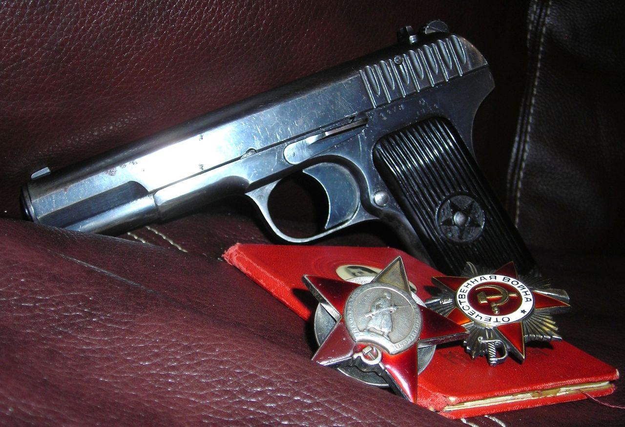 Пистолет тт обои на рабочий стол 3