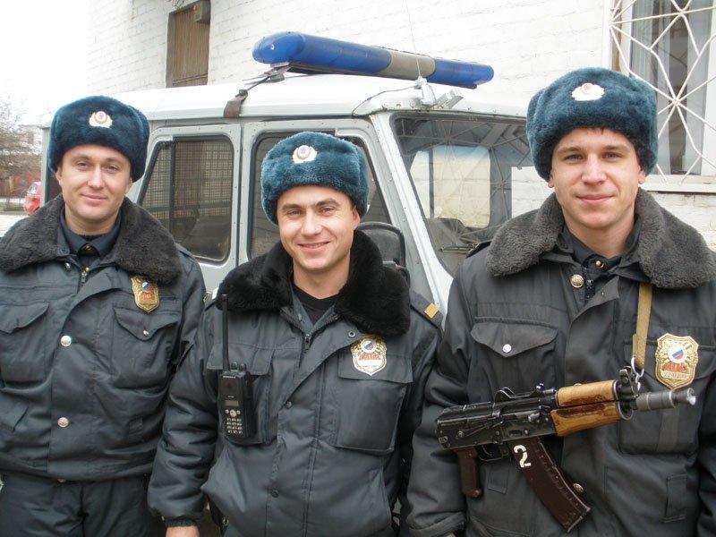 Костюмированное поздравление от полицейского отрезвелкина