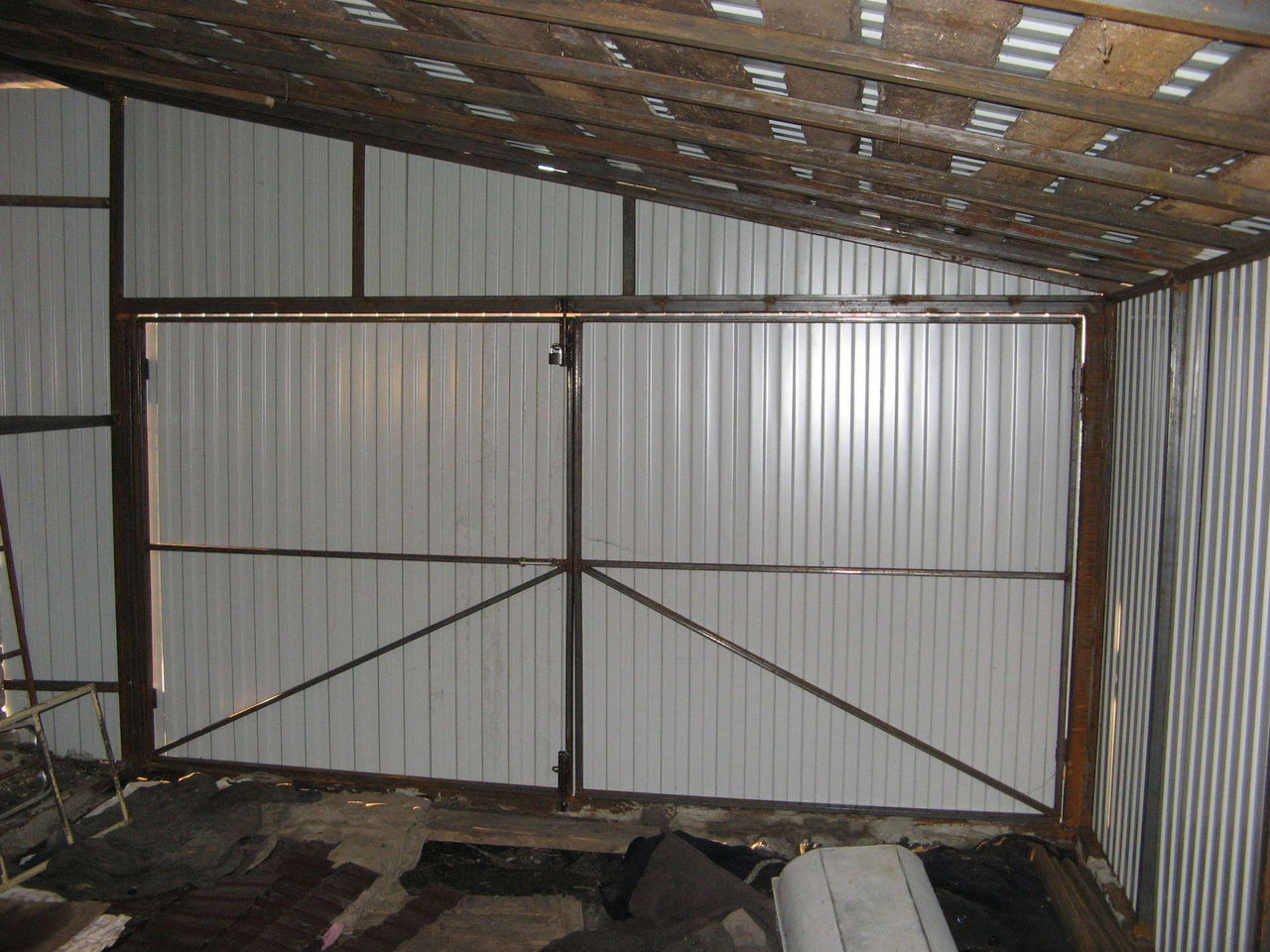 Каркас гаража из профильных труб своими руками