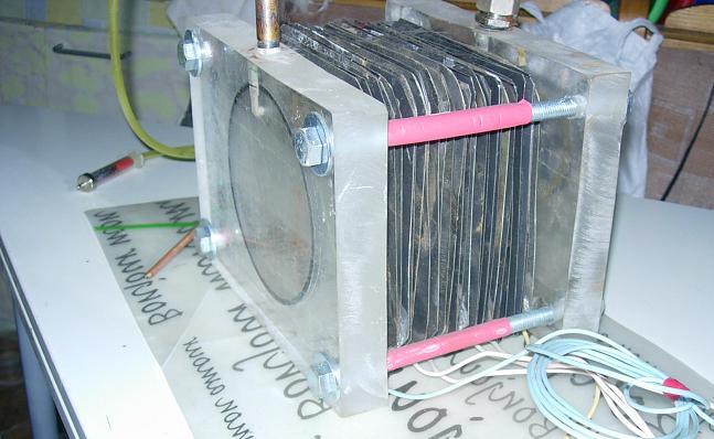 Как самому сделать электролизёр