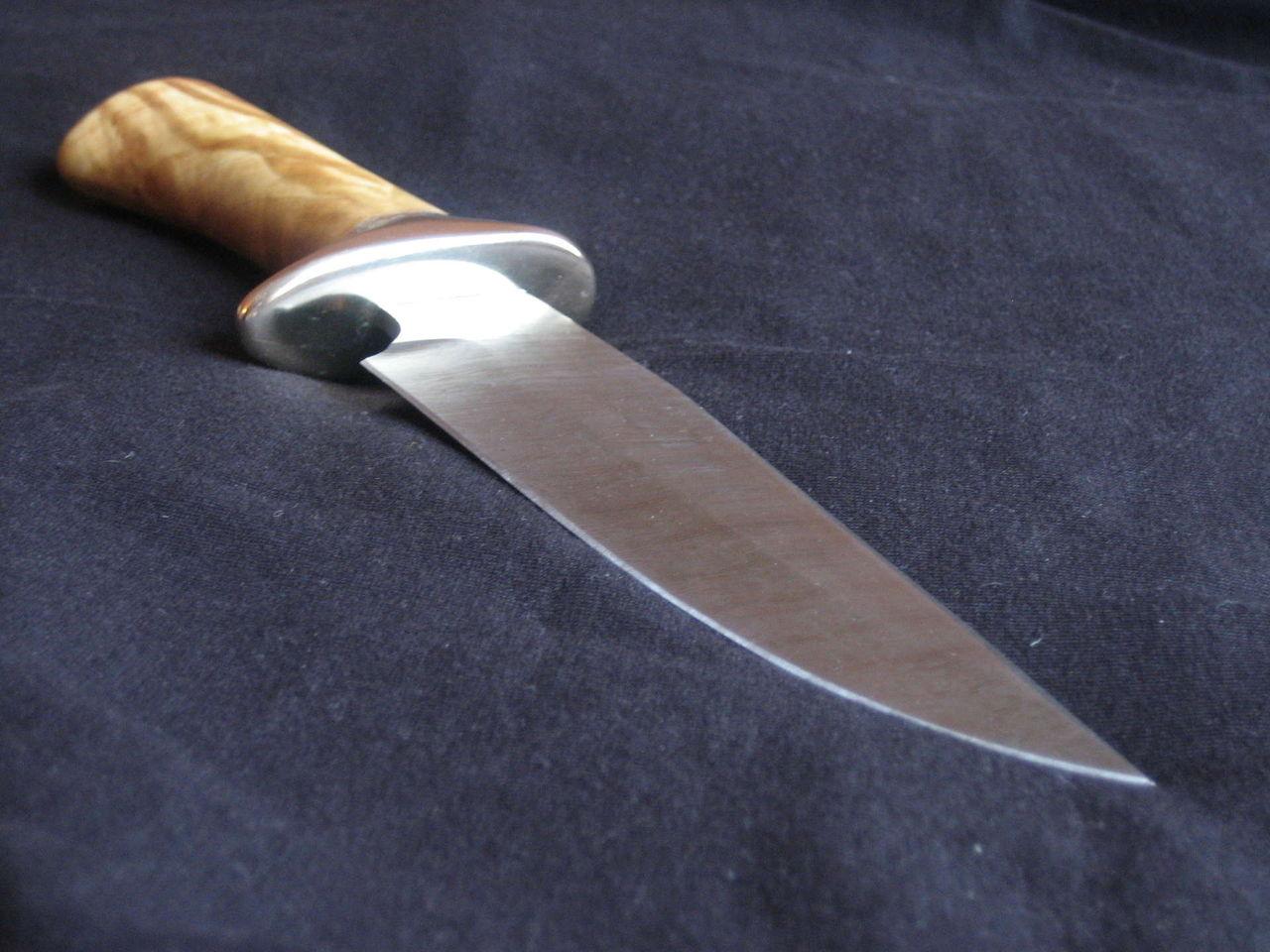 Как сделать на ноже спуск