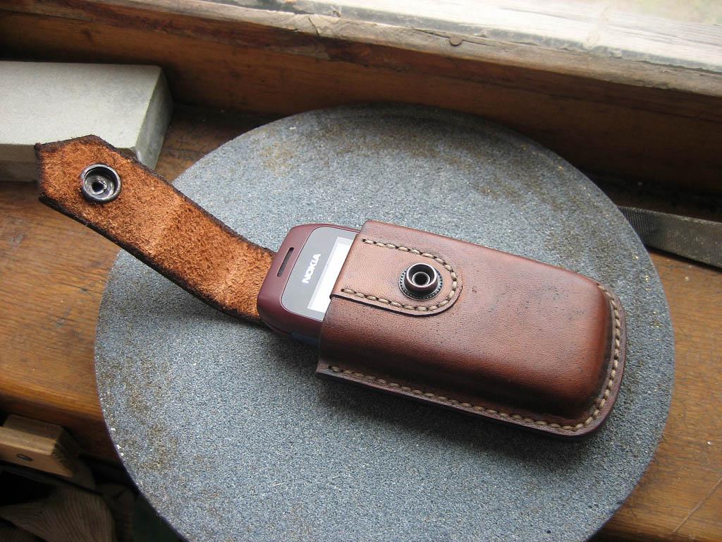 Чехол для сотового телефона из кожи своими руками