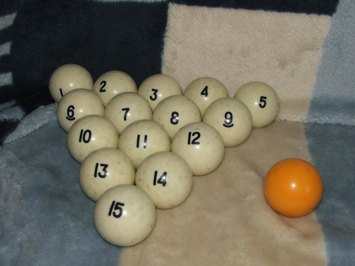 Из чего делают шары в бильярде 56