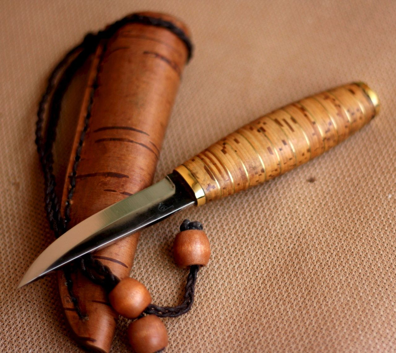 Берестяная ручка для ножа