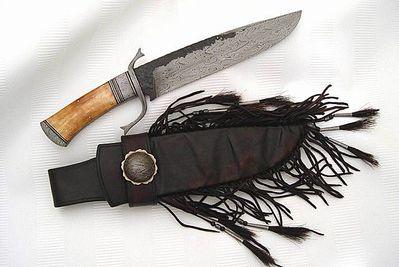 Хау, краснокожий брат.  Ножичек грамотный вышел.И ткнуть, и резануть.Обоюдоострый.  Ножны бисером шить будешь.